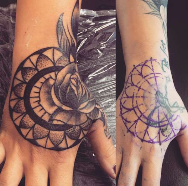 Cover up tattoo sulle mani