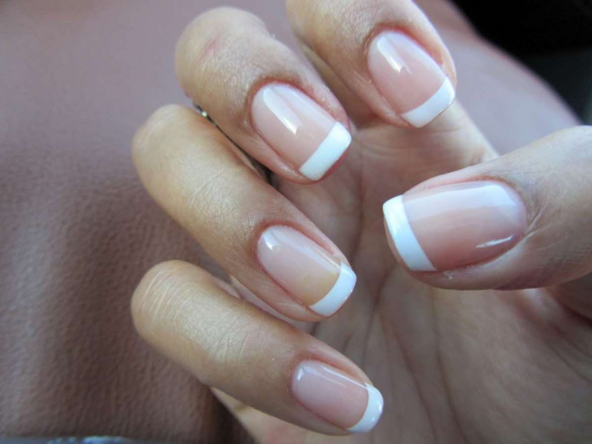 Unghie gel french