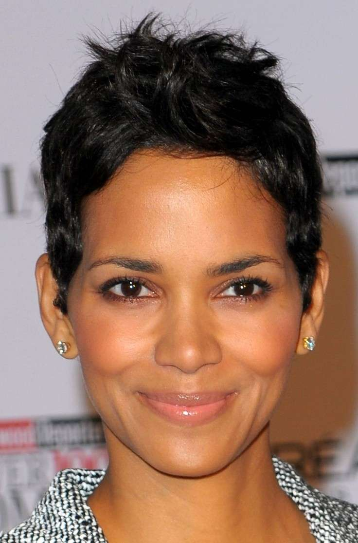 Halle Berry beauty look