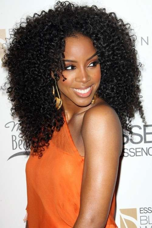 Kelly Rowland con hairstyle afro