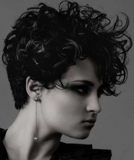 Hairstyle mosso a tutto volume
